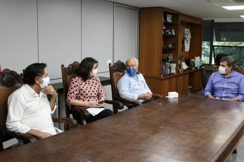 07.05.2020 - Londrina recebe Cartão Comida Boa - Foto: Emerson Dias