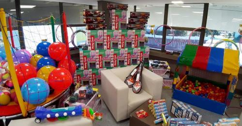 15.06.2020 - Brinquedos para creches e escolas - Foto: Emerson Dias