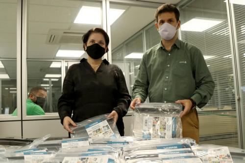 26.06.2020 - Doação de máscaras face shield Adama para Assistência Social - Foto: Emerson Dias