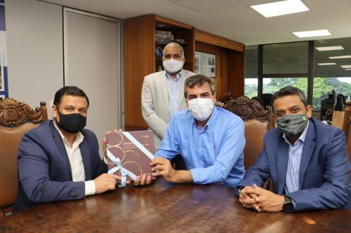Visita do Consul Geral da Índia - Fotos Vivian Honorato