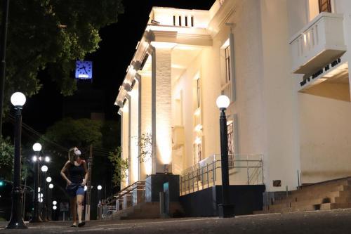 Biblioteca Pública noturna - foto Emerson Dias