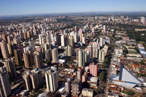 Imagem aérea do centro de Londrina foto vivian honorato