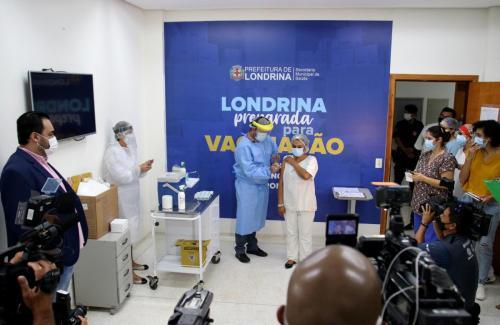Início da primeira fase da vacinação contra Covid-19 - Fotos Emerson Dias