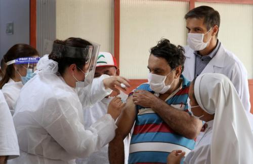 Imunização de idosos em Instituições de Longa Permanência - Fotos Emerson Dias