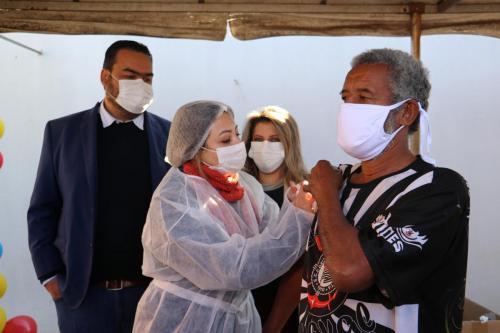 02.07.2021 Vacinação das pessoas que estão em situação de rua - Fotos Vivian Honorato